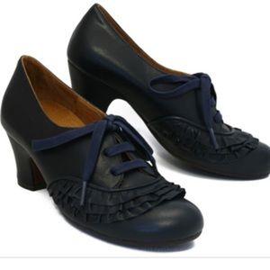 Chie Mihara Loti Shoe 37